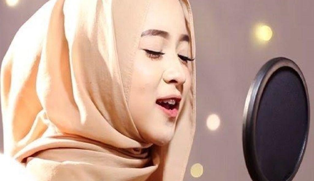 Download Lagu MP3 Nissa Sabyan Full Album, 13 Lagu Populer